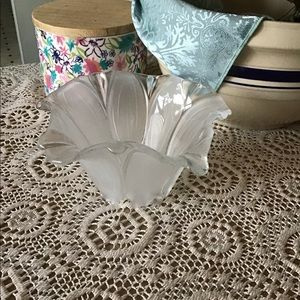 Antique Flower Bowl Beautiful embossed glass bowl